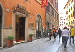 hotel near pantheon rome