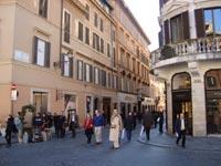 shopping in rome italy via dei condotti